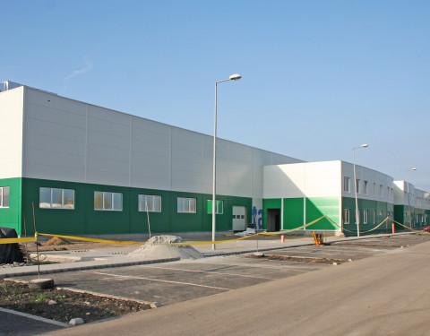 Eagle Ottawa üzemcsarnok bővítés
