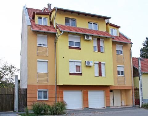 Szolnok 10 lakásos társasház